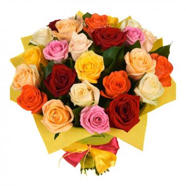 Букет из 25 разноцветных роз в фетре