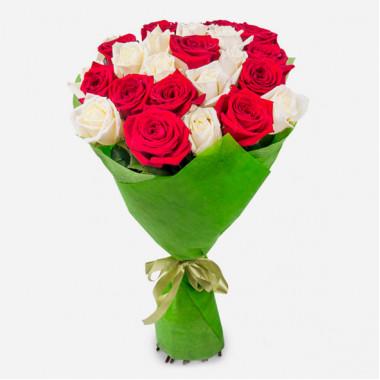 Букет из 27 роз в фетре