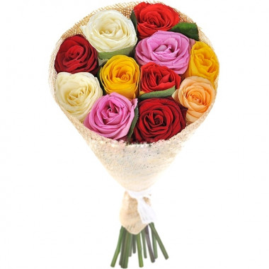 Букет из 9 разноцветных роз в фетре